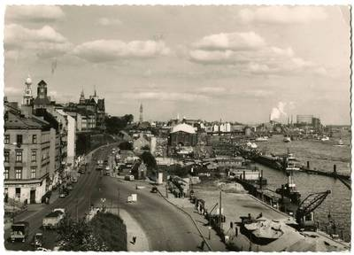 Nežinomas fotografas. Hamburg. Am Hafen mit St. Michael. 1963