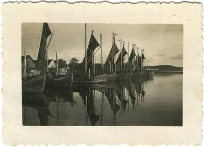 Kurėnai Nidos uoste. Vaizdas iš šiaurės. 1930