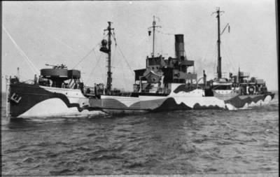 """Nežinomas autorius. Minų užtvarų naikinimo laivas """"Sperrbrecher 63"""" (ex """"Friesland""""). 1941"""