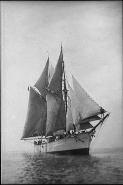 """Škuna """"Jūrnieks"""". 1933"""