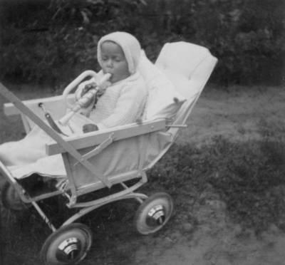 """Skaitmeninis vaizdas """"Majoro Pijaus Dovydaičio dukra Rita Reda 1937-1938 metais"""". 2016"""