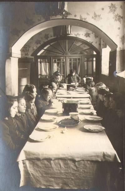 """Nežinomas fotografas. Fotografija. """"Valgomoji salė"""". 1924"""