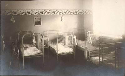 """Nežinomas fotografas. Fotografija. """"Miegamasis kambarys"""". 1924"""
