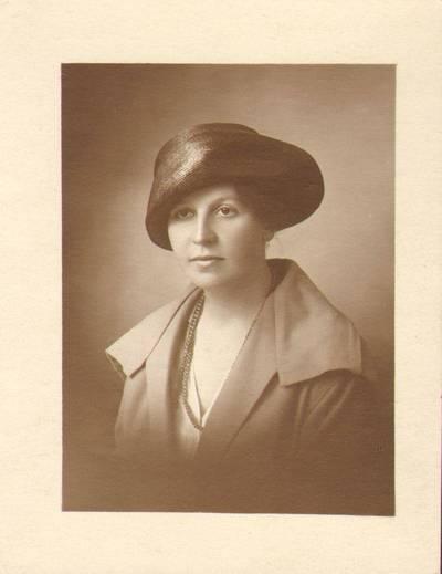 Nežinomas fotografas. Marija Kuraitytė Varnienė. 1915