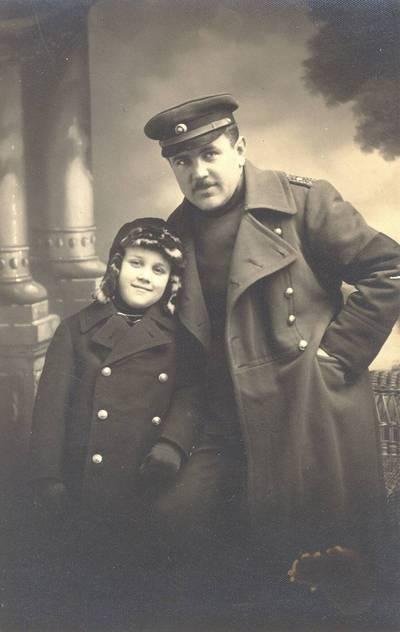 Pagėgių geležinkelio viršininkas Jakutis. 1939