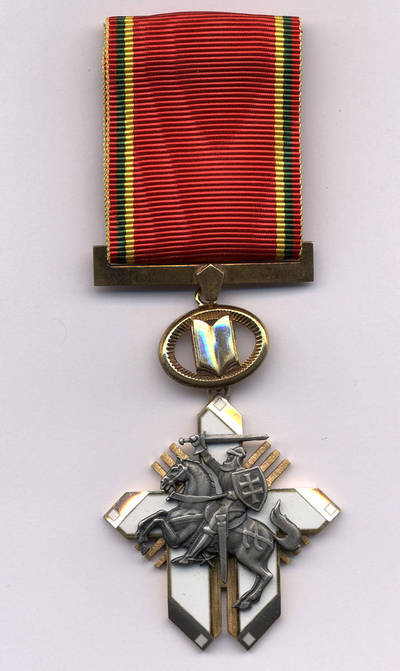 Apdovanojimas Už nuopelnus Lietuvai Riterio kryžius. 2009