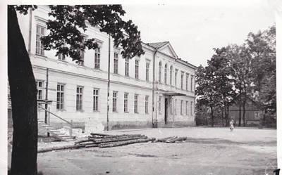 Nežinomas fotografas. Senoji Marijampolės Rygiškių Jono gimnazija 1938 m.