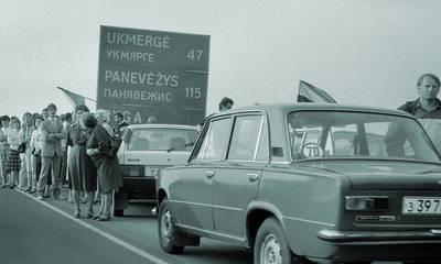 Juozas Vaškelis. Marijampoliečiai Baltijos kelyje 1989-08-23. 1986-08-23