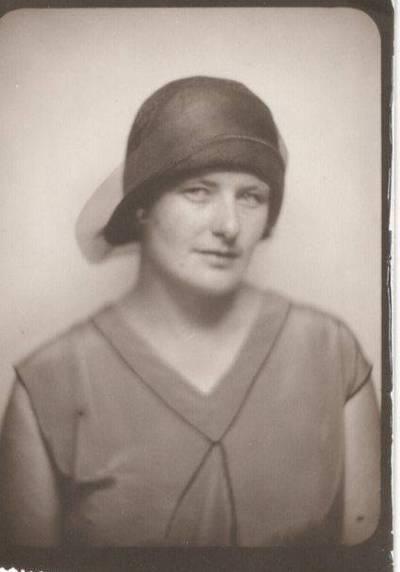 Nežinomas autorius. Nuotrauka. Vanda Daugirdaitė-Sruogienė. 1930