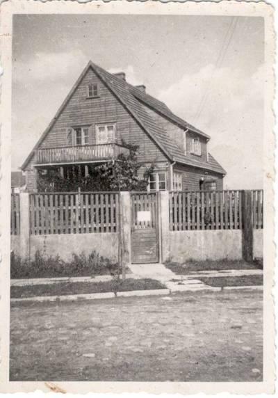 Nežinomas autorius. Nuotrauka. Balio ir Vandos Sruogų šeimos namas. 1942