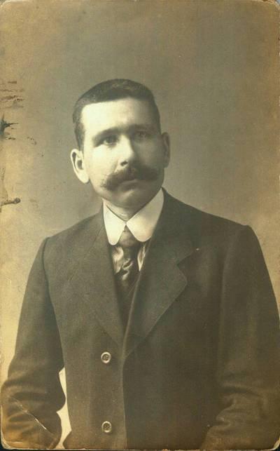 Fotografija. Valeikų dukros Laimos uošvis Zaremba. 1919