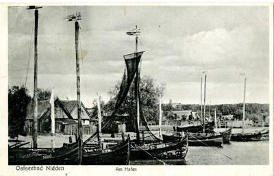 Nežinomas XX a. I p. fotografas. Ostseebad Nidden. Am Hafen