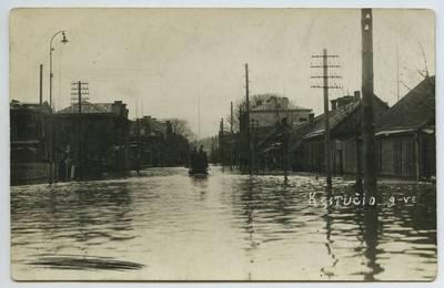 Nemuno potvynis Kaune. Vandens apsemta Kęstučio gatvė. Lietuva, 1931 m. balandžio 15 d.