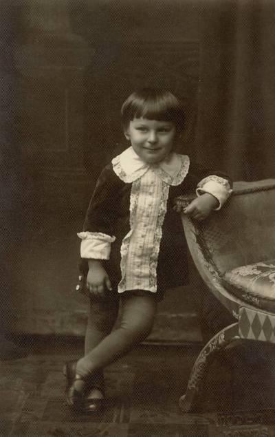 Raimundas Raudonikis / Raimundas Raudonikis. - 1930.11.28