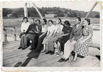 Panevėžio pradinių mokyklų mokytojų ekskursija Nemuno upe / Motiejus Lukšys ... [et al.]. - 1939.07.20