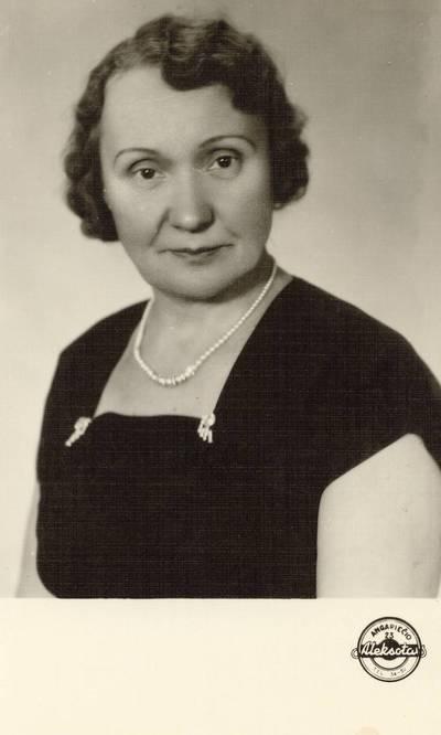Mokytoja Janina Gabrėnienė / Janina Gabrėnienė. - 1961.10.02