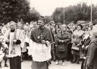 Panevėžio vyskupijos vyskupo Romualdo Krikščiūno 25-erių metų kunigystės jubiliejus / Romualdas Krikščiūnas ... [et al.]. - 1979.09.23