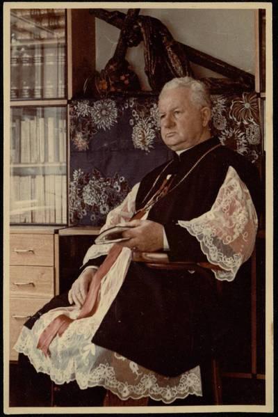 [Kanauninkas Jonas Beinorius. Portretinė nuotrauka] / Jonas Beinorius. - 1973.06.24