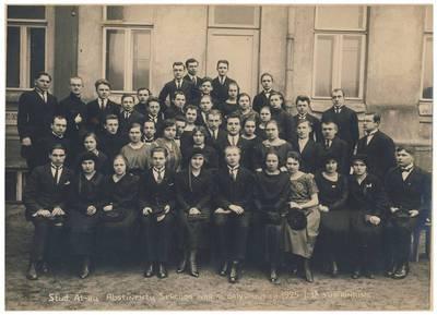 Nežinomas fotografas. Studentų ateitininkų Abstinentų sekcijos nariai. 1925-01-18