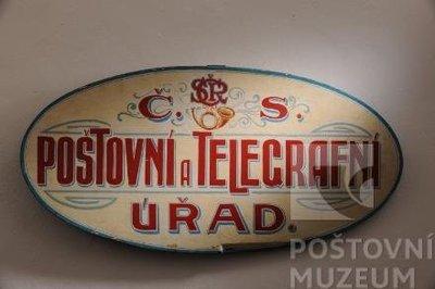 Československý poštovní štít dřevěný