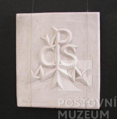 Sádrový znak Československé pošty