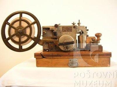 Sovětský telegrafní přístroj Morse
