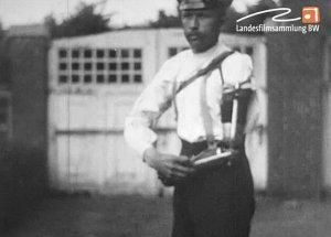 Ohnhänderfilm Erster Weltkrieg Männer mit Krukenberg-Zange und Armprothese in Alltagssituationen