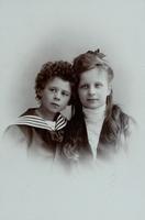 Portrait Bub und Mädchen