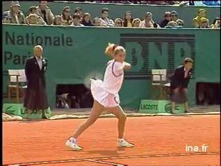 Finale dames à Roland Garros : Jeu décisif et premier set Monica Seles