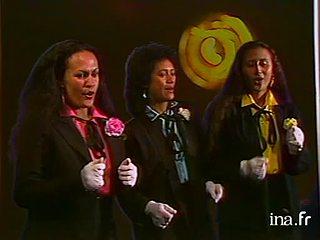 Clip musical  : un trio tahitien chante Yesterday