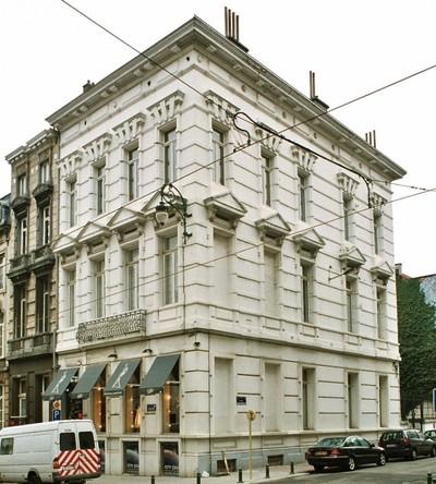 Chaussée de Charleroi 84, 86,  Rue Faider 2