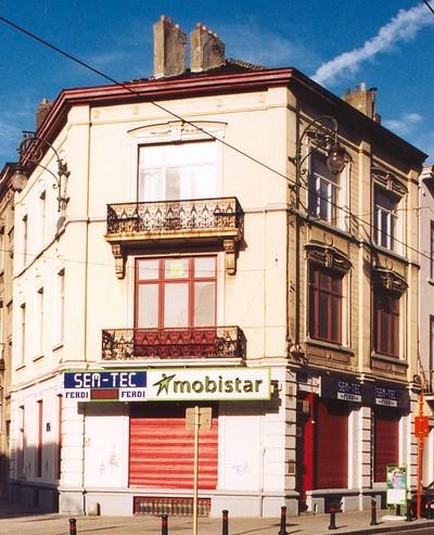 Chaussée de Charleroi 257,  Rue d'Espagne 104