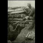 Bombaálló fedezék nyolcszoros gerenda-tetővel Volhyniában