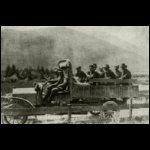 A sajtóhadiszállás tagjai Weiser százados vezetésével bejárják az olasz harcteret