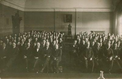 Fotonuotrauka. Lietuvių kalbos ir literatūros mokytojų suvažiavimo dalyviai