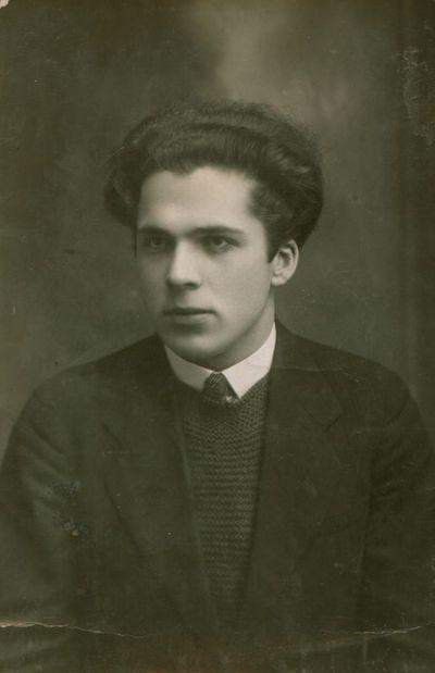 Nuotrauka. Poetas A. Gustaitis
