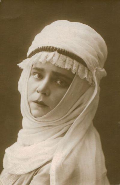 Fotonuotrauka. Aktorė O. Rymaitė