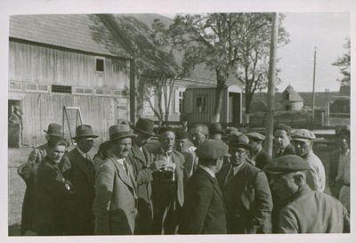 Nuotrauka. Lietuvos žurnalistai ir rašytojai keliaudami po Tarybų Sąjungą