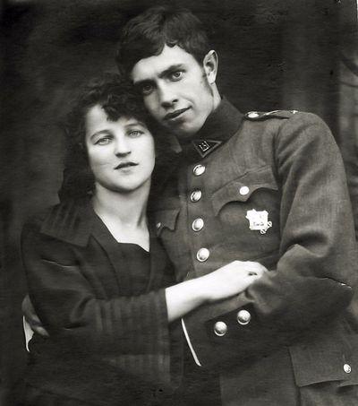 Kazės Ingelevičiūtės ir Vlado Vaitkaus sužadėtuvės - 2. Kartanai, 1923 metai
