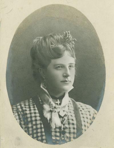 Augustino Paškevičiaus pirmoji žmona Stefanija Varevičiūtė-Paškevičienė (185?–1892). Kaunas, 1885 metai