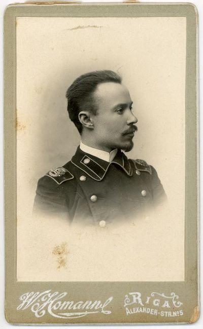 Nežinomo vyro portretas (galimai M. Šikšnio bendradarbis mokytojas Rygos realinėje mokykloje). Ryga,  ~1900 metai