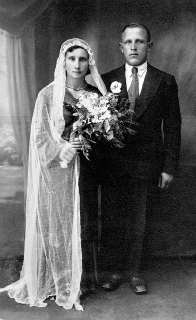"""Nuotrauka """"Broniaus Trumpio ir Vitoldos Bružaitės vestuvės Kalvų kaime"""""""