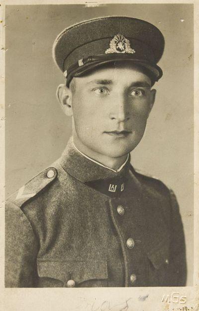 """Nuotrauka """"Lietuvos kariuomenės kareivio Jono Laucės (1917–2003) portretas"""""""