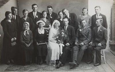"""Grupinė nuotrauka """"Vinco Paštuko vestuvės Šaltenių kaime"""""""