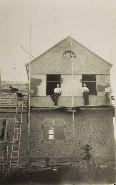 """Nuotrauka """"Kazimiero Piktuižio gyvenamojo namo statyba Šateikių kaime"""""""