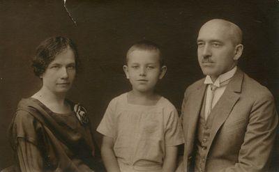 Marija ir Jurgis Šlapeliai su sūnumi Skaistučiu