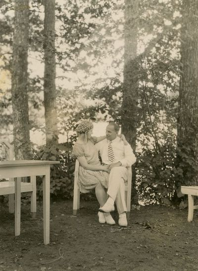 Sužadėtiniai Laimutė Šlapelytė ir Kazys Graužinis