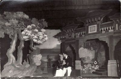 "B. Džonsono operetės ""Geiša"" scena. 1928 m."