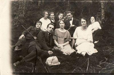 Paulina Žitkevičiūtė su draugais Andrioniškyje