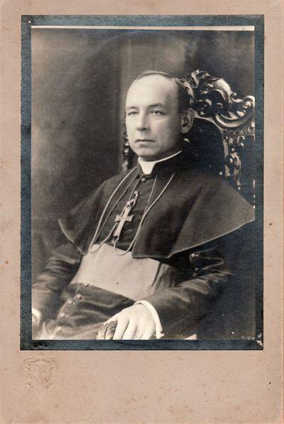 Nežinomo dvasininko portretas